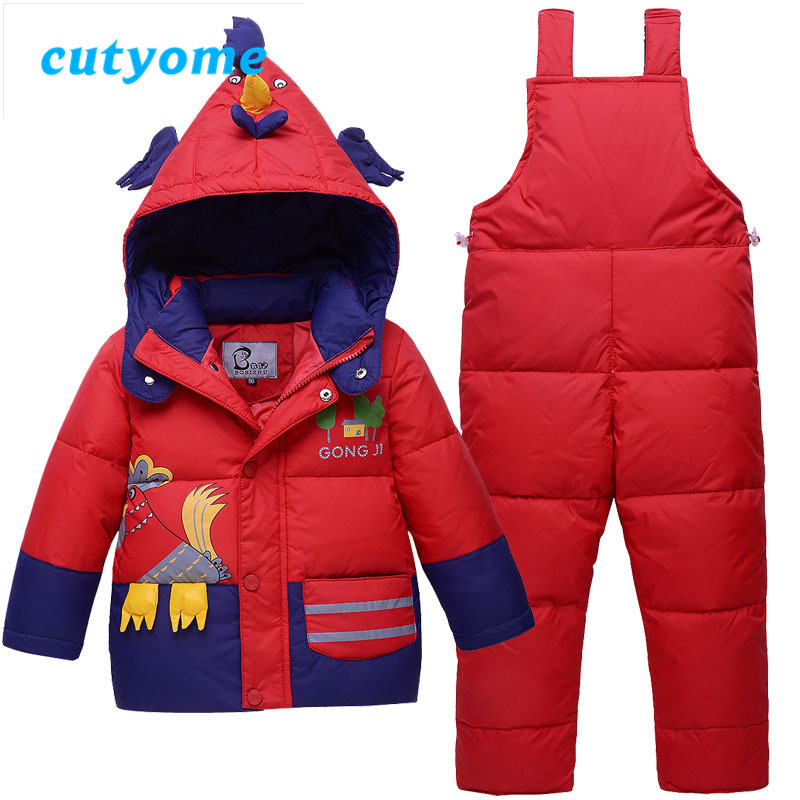 In the quest for the best winter snowsuits, jackets, and snowpants for our kids, we have tried out several and prefer the Patagonia Snow Pile and MEC Toaster lines. Reviews of most brands we have owned (for kids) follow in two categories: 1) Snow S uits & Bunting Suits and 2) Jackets and Snow Pants.