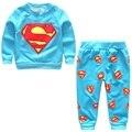 2016 Ropa Infantil Niño Conjunto Camiseta de Superman de manga Larga Pantalones Trajes de Moda Para Niños ropa de Bebé Ropa de Superman