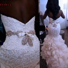 Vestidos de novia de lujo sirena escote corazón volantes encaje cristal Sash Sexy vestido de novia de la vendimia vestido de novia hecho a medida YB152