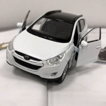 WELLY 1/36 Scale Car Model Toys Korea Hyundai Tucson ix35 SUV Diecast Metal Pull Back Car Model Toy For Gift/Kids/Collection