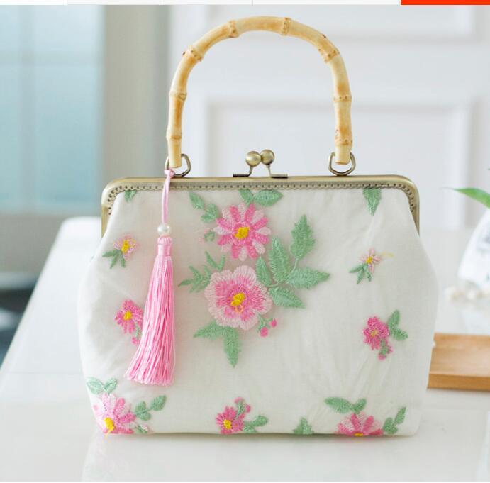 2019 Angelatracy nouveauté métal Floral broderie fleur gland Mori perle serrure dentelle dame bambou poignée sac à main sac à bandoulière
