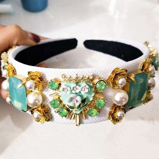 новый тренд роскошная бархатная корона в стиле барокко хрустальный фотография