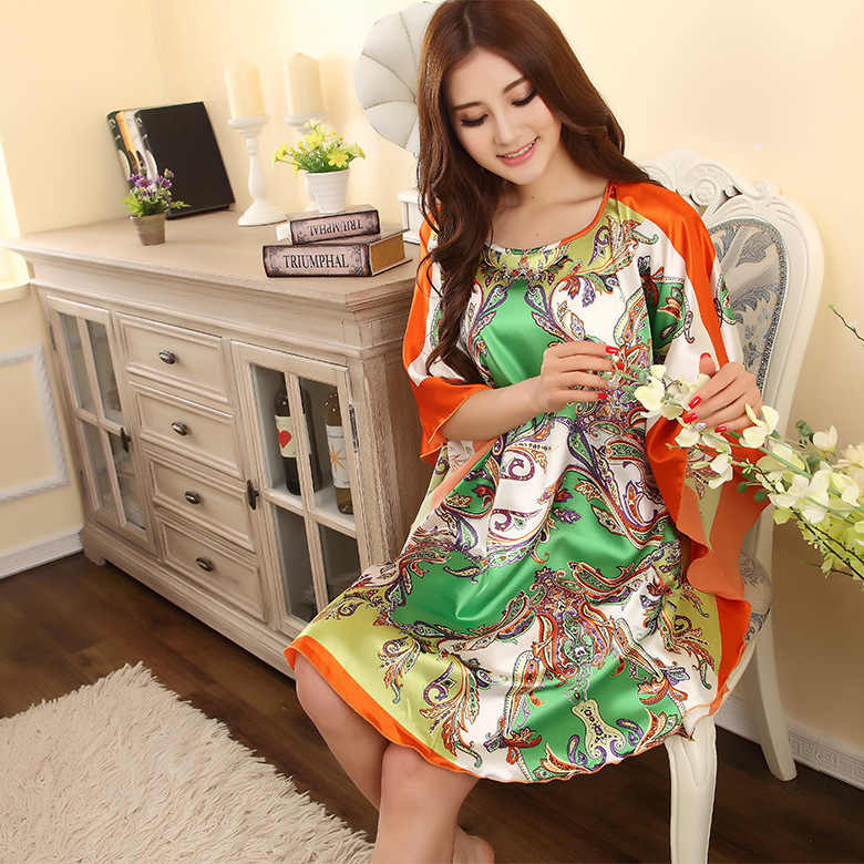 Hot Sale Red Summer Fashion Lady Robe Chinese Women's Rayon Bath Gown Yukata Nightgown Novelty Print Night Dress One Size