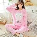 2017 Женщин Пижамы коралловый флис пижамы женщин большие размеры утолщение овец одежды для отдыха костюм пункт теплый фланель pijamas mujer