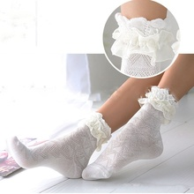 Sweet Style Harajuku Ladies Girls Vintage Girl Women Hollow Retro Cute Cotton Lace Short Sock Frilly Ruffle Ankle Socks 2018 lace socks girls cozy vintage lace ruffle frilly ankle socks baby girls princess socks floral kids meias school pink sweet