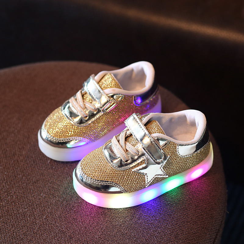 2018 Spring Summer Autumn Kids Shoes Boys Girls Sneakers Childrens Casual Sports Running Shoes LED Lighted Glowing Shoes Star