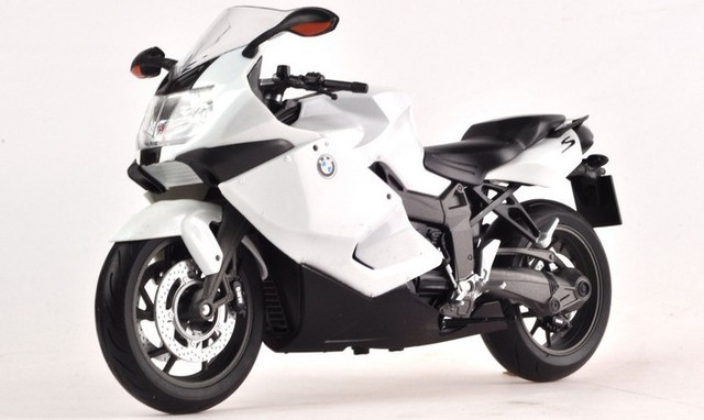 Free Shipping! 2013  newest ! 1300S  1:10  Alloy SUPPER motorcycle Model   With suspension Toy model