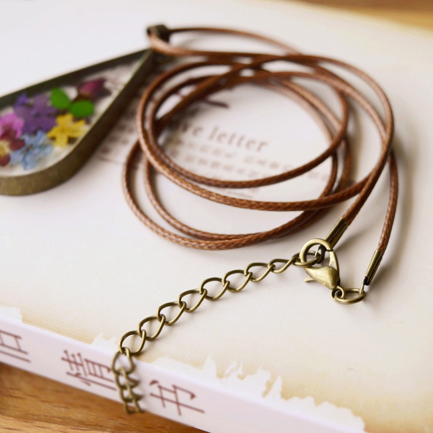 Fashion-Natural-Colorful-Dried-Flowers-Pendant-Brown-Leather-Rope-Chain-Long-statement-necklace-Pendant-For-Women (2)