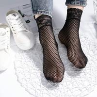 Femmes été résille chaussettes dentelle Floral Sexy creux Ventilation chaussettes respirant confortable courtes chaussettes