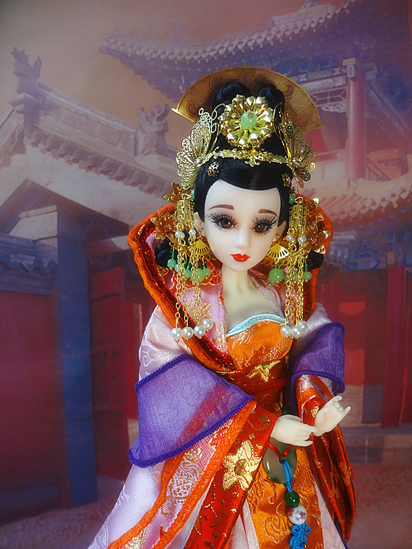 14/35cm Collectible Chinese Queen Doll With Perfect Makeup 12 Joints Movable Ancient Bjd Dolls For Girl Gifts 364 pure handmade chinese ancient costume doll clothes for 29cm kurhn doll or ob27 bjd 1 6 body doll girl toys dolls accessories