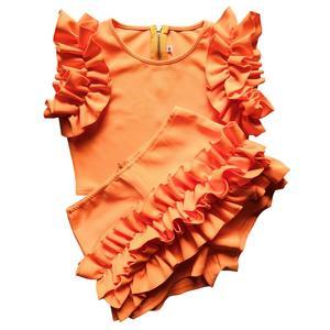Image 2 - 2020 المرأة الربيع البرتقال أكمام الكشكشة مطاطا س الرقبة 2 قطعة مجموعات المحاصيل القمم السراويل النساء الشاطئ Playsuit