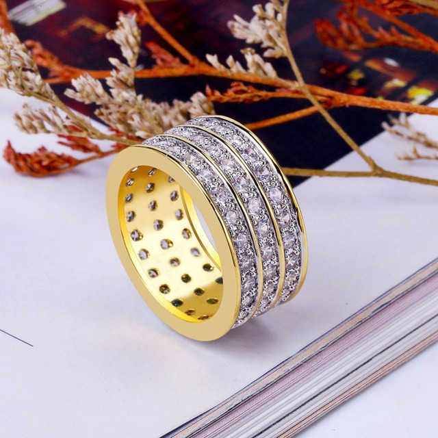 Bling Ice Out Full Rhinestone Pave Luxury Men Rings Gold Color Brass Material CZ Stone Round Rings for Men Hip Hop Jewelry