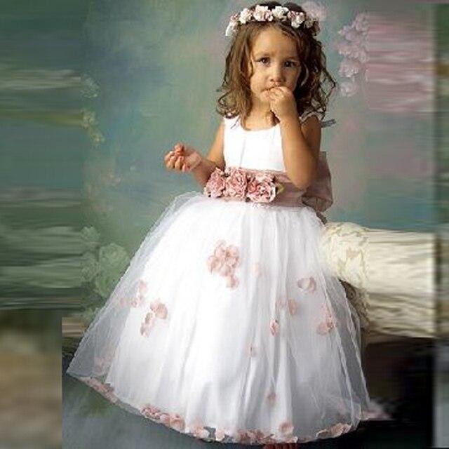 aac3bc56d5b66 Lovely Big Bow Flower Girls Dresses Scalloped Floor Length Flowers Ribbons  robe communion fille Flower Girls Dresses Tulle Dress