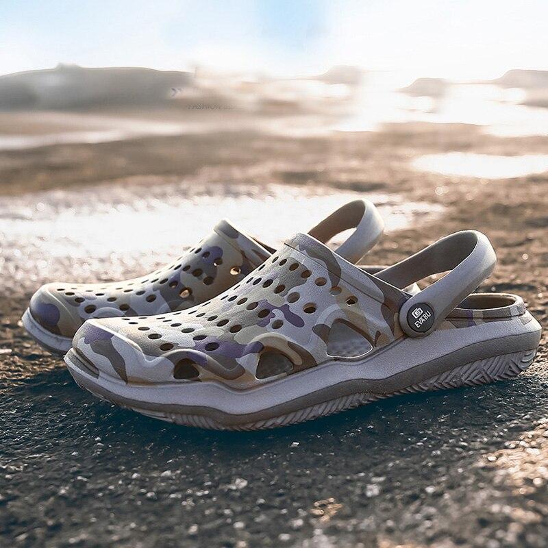 2019 Summer New Men's Clogs Sandals EVA Lightweight Beach Slippers Non-slip Mule Men Women Garden Clog Shoes Casual Flip Flops