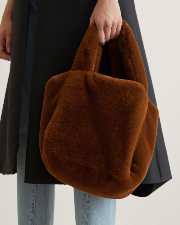 lustrous faux fur bag Coffee tote bag hand