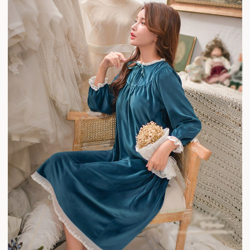 Autumn Sweet Flannel Sleepwear Dress Round Neck Women Long Sleeve Lace Patchwork Dress Warm Lantern Sleeve   Nightgown     Sleepshirt