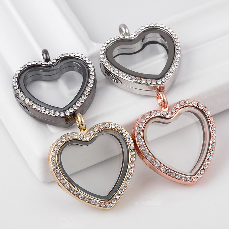 Fashion 30mm 5pcs Rhinestone Heart Flytende Memory Locket Halskjede Rundt Living Magnetic Glass Lockets Uten Chain Wholesale