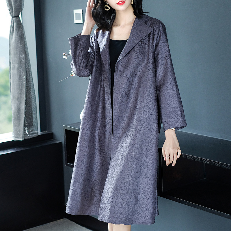 Women Fashion New Solid Color Crinkled Lady Casual Embroidery Loose Big Size Wind Breaker Long Jacket Coat