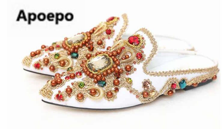 sales brand Luxury handmade women mules shoes Embroidered Rhinestones flats shoes ladies black white pointed toe slippers women все цены