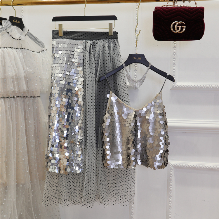 2018 Summer New Fashion Women Silver Dot Sequined V neck Strap + High Waist Mesh Sequined Spliced Medium Long Skirt 2 Piece Sets