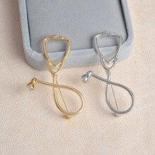 Quick Sturen Goud Zilver Stethoscoop Metalen Broche Persoonlijkheid Medische Apparatuur Badge Pin Trendy Arts Verpleegkundige Kostuum Sieraden Gift