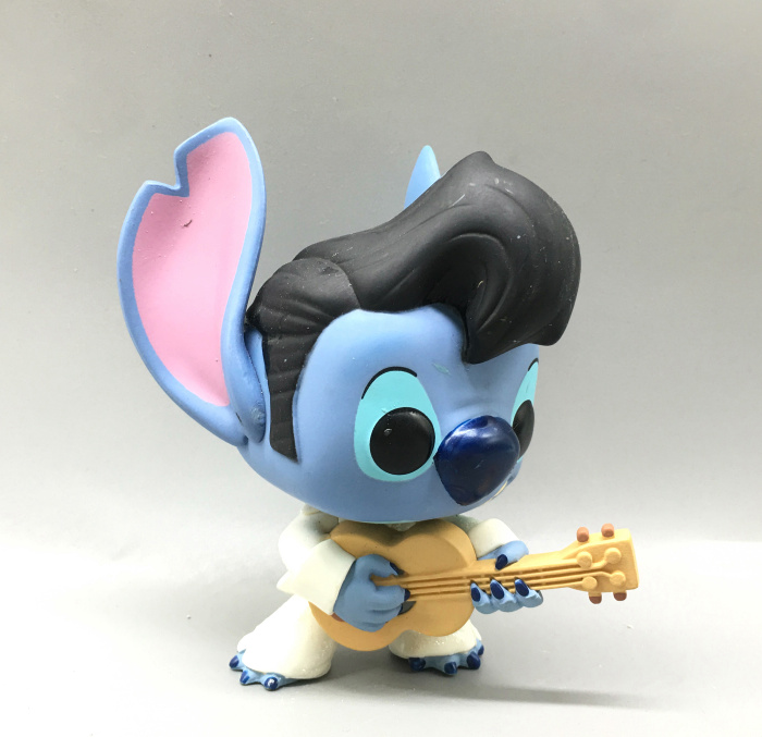 Imperfect Original Funko pop Stitch with Guitar Vinyl Action Figure Collectible Model Toy Cheap No box  funko pop zootopia fox nick 186 pvc action figure collectible model toy 10cm kt2247