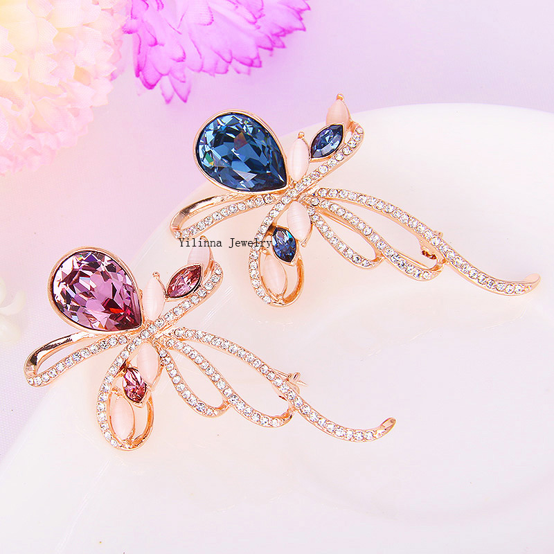 1fcede08fe051 B350638 Novo estilo de venda quente rosa azul cristal folha broches liga de  zinco cor de rosa de ouro com a Áustria cristal moda feminina jóias