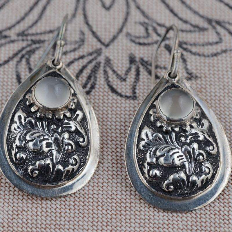 Sterling Silver earrings wholesale silver S925 silver inlaid natural Moonstone Earrings high-end imported technology