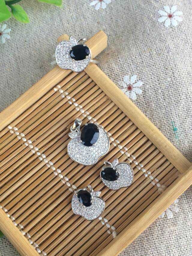 Natural black blue sapphire stone wedding jewelry sets natural gemstone ring earrings necklace S925 silver Fashion  Fruit ShapeNatural black blue sapphire stone wedding jewelry sets natural gemstone ring earrings necklace S925 silver Fashion  Fruit Shape