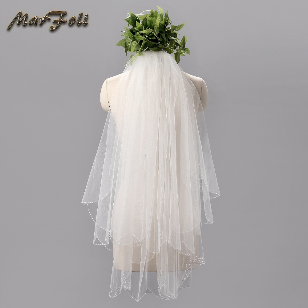 2018 New Elegant Wedding Accessories Short Tulle Wedding Veil White Ivory Two Layer Bridal Veil With Comb Cheap Wedding Veil V02