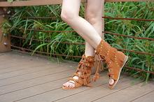 BEANGO Suede Flat Shoes Woman High Top Tassel Fringe Gladiator Sandal Rivet Open Toe Cross-tied Zapatos Mujer 2017 Summer Boots