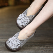 Genuine leather shoes flowers sweet set foot women shoes increasing medium heels flat casual shoes 828-2