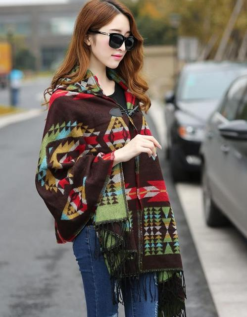 New Fashion Fringe Imprimir Étnico Geométrica Mulheres Batwing Cabo Poncho Knit Top Cardigan Sweater Brasão Hip Scarf Shawl Frete Grátis