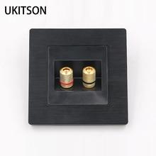 สีดำ 2 พอร์ตเชื่อมต่อลำโพงผนังแผงกรอบโลหะเสียงปลั๊กแผ่นหน้า 86x86 มิลลิเมตร