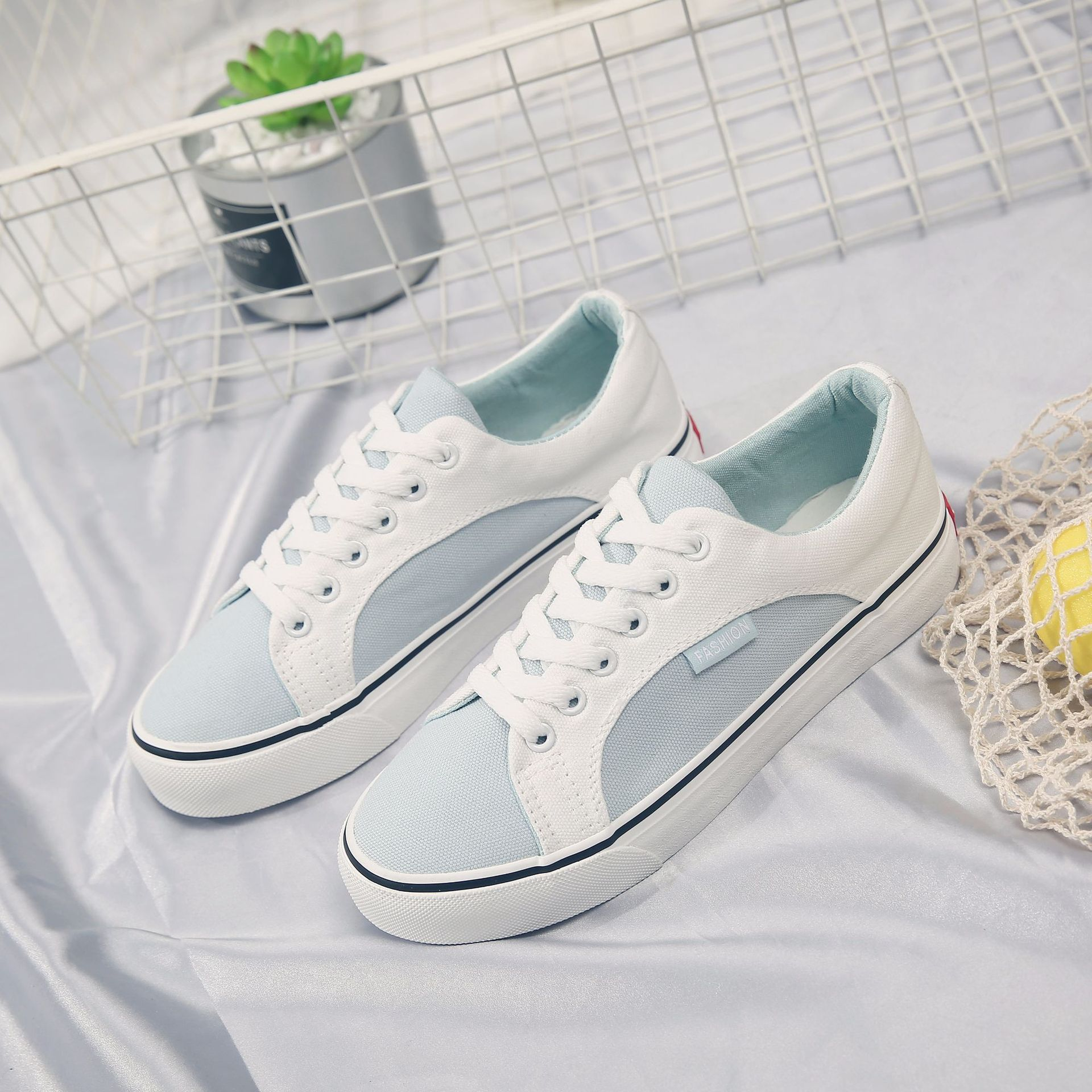 50fc284533e US $20.85 30% OFF|Women Spring Shoes 2018 New Canvas Shoes for Female  Zapatillas Deportivas Mujer Chaussure Femme Lady White Shoes Sneakers 35  40-in ...