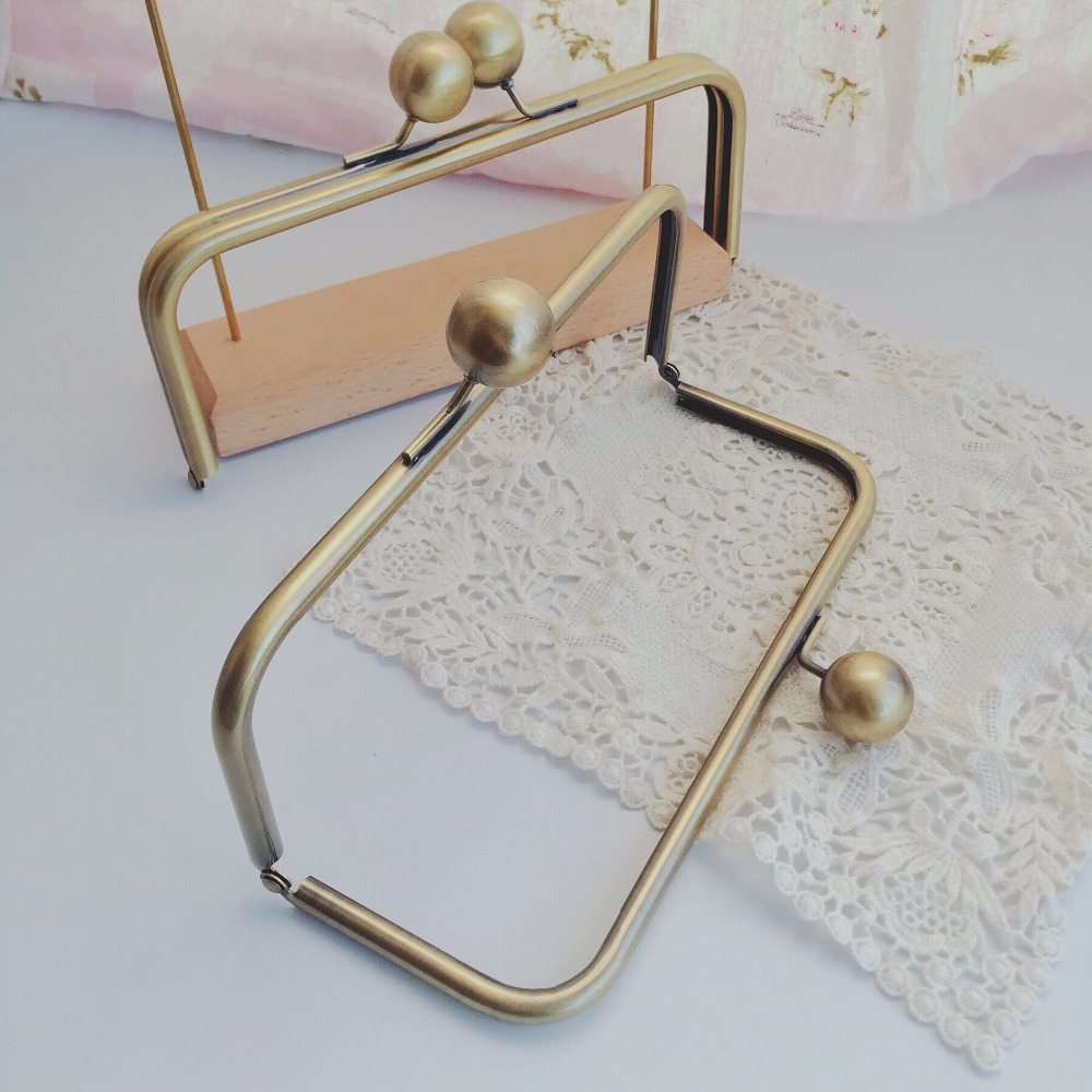 22*9CM With 25 Mm Big Ball Purse Frame Obag Purse Handle Wholesale Obag DIY Handbag Accessories China Online Purse Frame Parts