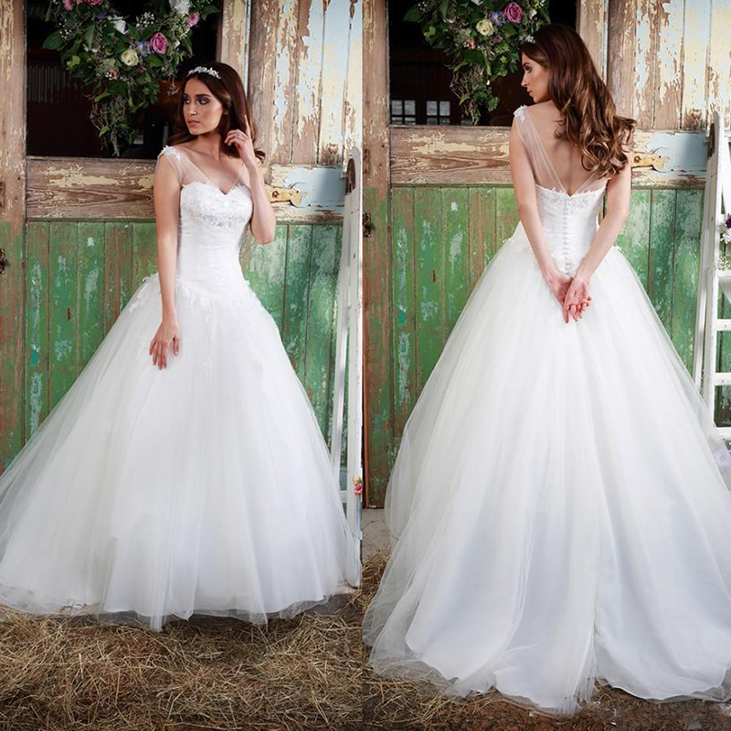 Cheap Plus Size Ball Gown Wedding Dresses: Charming Ball Gown Wedding Dresses Sexy V Neck Plus Size