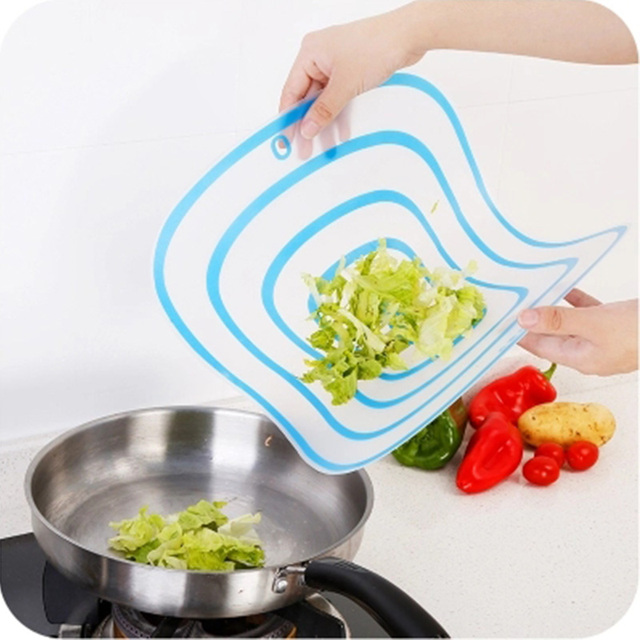 4Pcs/set Kitchen Non-Slip Plastic Cutting Boards Cut Chopping Block Portable Frosted Antibacteria Vegetable Meat Cutting Pad 3
