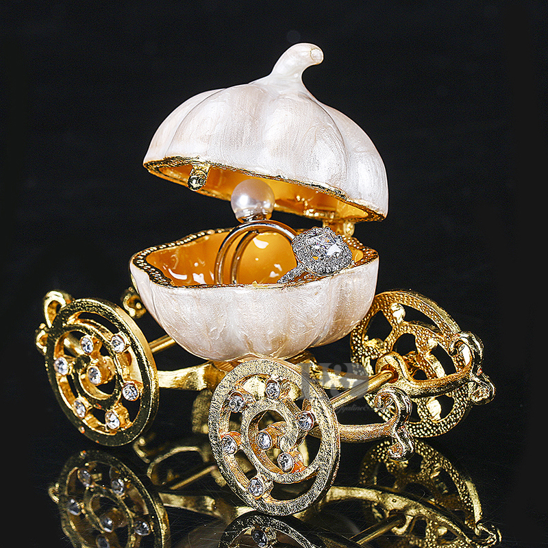 H & D 3.4 '' scharnierende Trinket vakje Crystal Carriage beeldje Collectible Ornament Christmas Gifts
