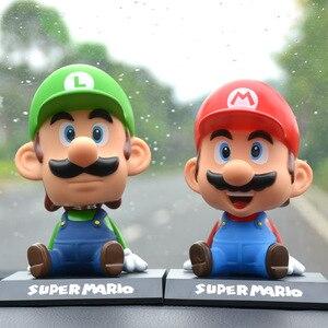 Image 4 - Komik süper Mario Bros araba bebek kafa sallayarak oyuncak modeli güzel araba süsler oto İç dekorasyon aksesuarları çocuklar hediye 2019
