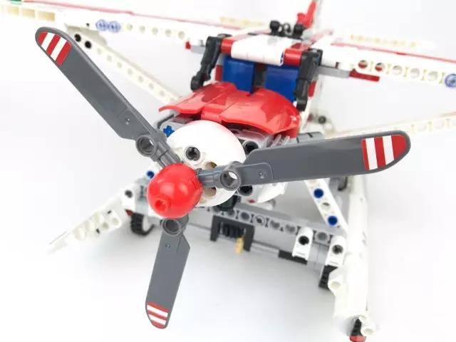 578pcs Technic Figures Fire Plane Building Block Compatible Lepins DIY Model Figures  Brick Toy Children Gift new phoenix 11207 b777 300er pk gii 1 400 skyteam aviation indonesia commercial jetliners plane model hobby