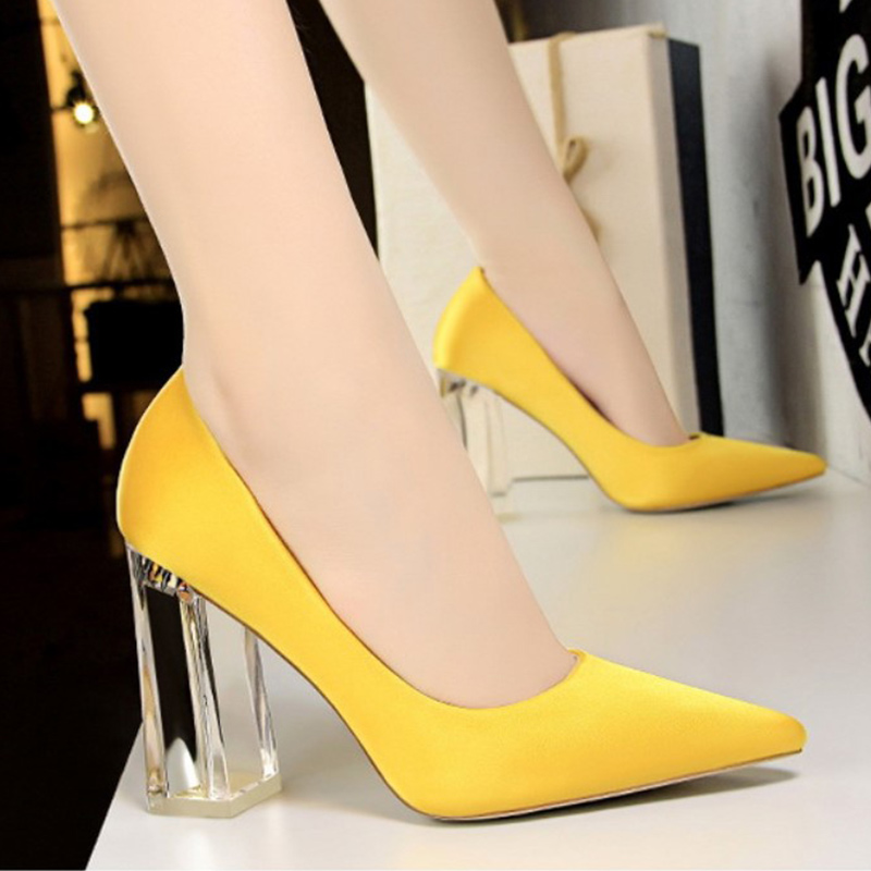 2019 Autumn Woman Sexy Pointed Toe Pumps Transparent Crystal Heel High Heels Shoes Female Slip On Ladies Office Shoes