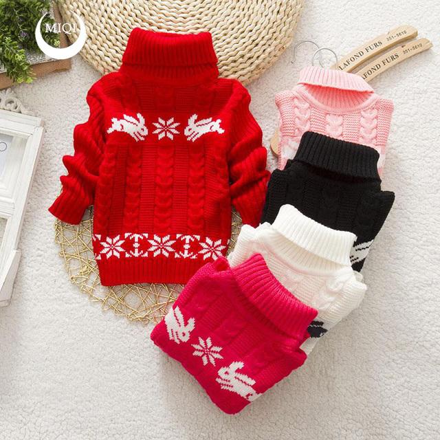 Meninas do bebê inverno/outono camisolas 2016 nova moda gola alta manga longa roupas de lã grossa crianças dos desenhos animados quente outwear sólida