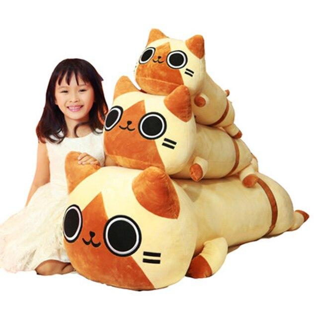 Gros jouets dans la chatte