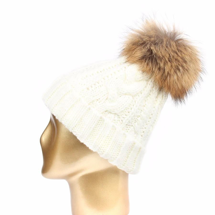 hat female CAP6A18  (3)