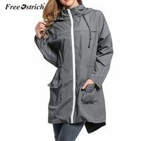 شحن النعامة خفيفة للماء معطف المرأة طويلة الأكمام جيوب عارضة مقنعين سترة سستة ضئيلة قميص معطف السفر d45