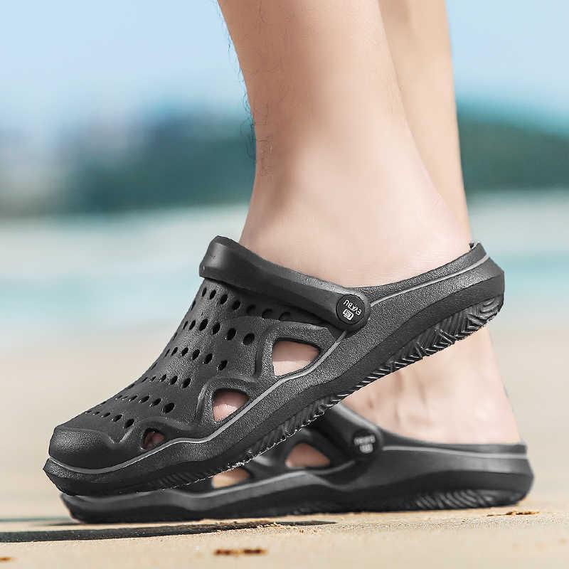 Nuovi Sandali di Estate Degli Uomini Della Maglia Scarpe Muli Zoccoli Traspirante Pistoni Della Spiaggia di Sesso Maschile Acqua Hollow Aqua Trampolieri Chaussure Homme