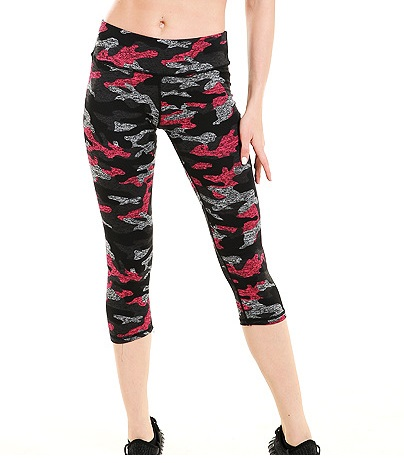 9bbf3b02ab0 New Women Slim Hip Mid-Calf Leggings Sexy Camouflage Design Girl Fitness Yoga  Trousers Elastic Quick Dry Breathable Capris