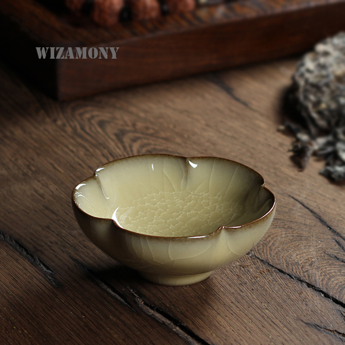 Chinese Longquan Top Grade Celadon Hundredfold Crackle China Teacups Tea Bowl 70ml For Art Collection By Great Artist Changwei