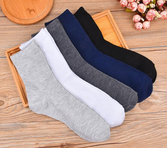 New 2017 Autumn Winter Mens Socks Solid Color Socks Casual Socks Wholesale 20pairs/lot Business Meias